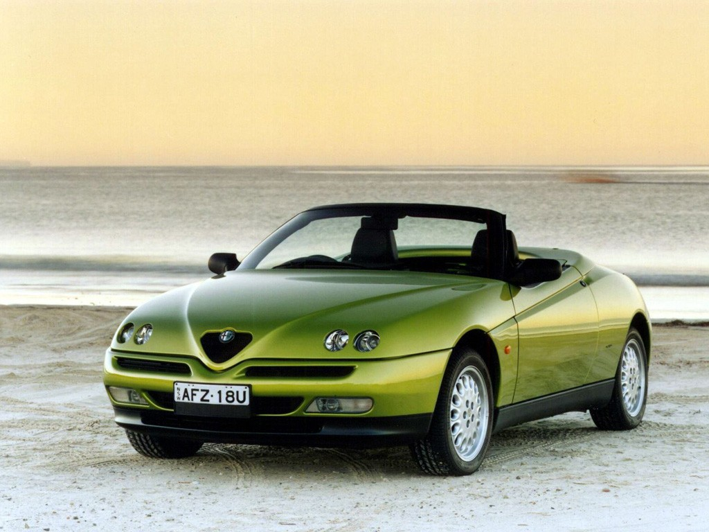 Alfa Romeo Wallpapers Download Free Alfa Romeo Spider Wallpapers Photos Pictures And Backgrounds